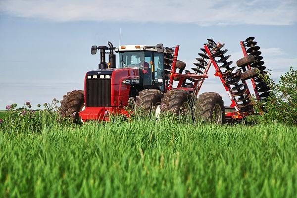 نوروزی تامین کننده قطعات و ماشین آلات کشاورزی