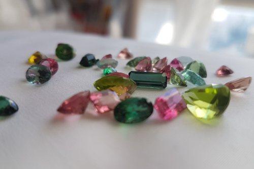 رز گیستون | کلکسیونی از زیباترین سنگ های فیروزه و جواهرات نقره