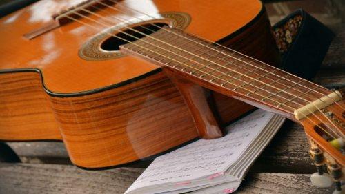 خانه فرهنگ پرتو | برگزاری کلاس آموزشی برای سنین مختلف