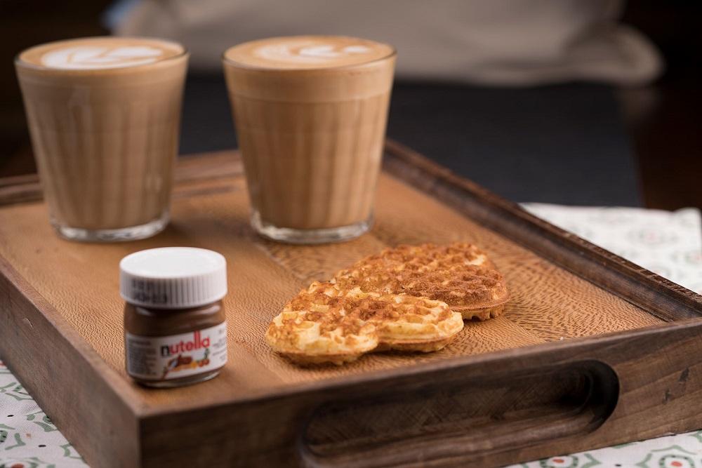 کافه سورنا | کافه ساحلی