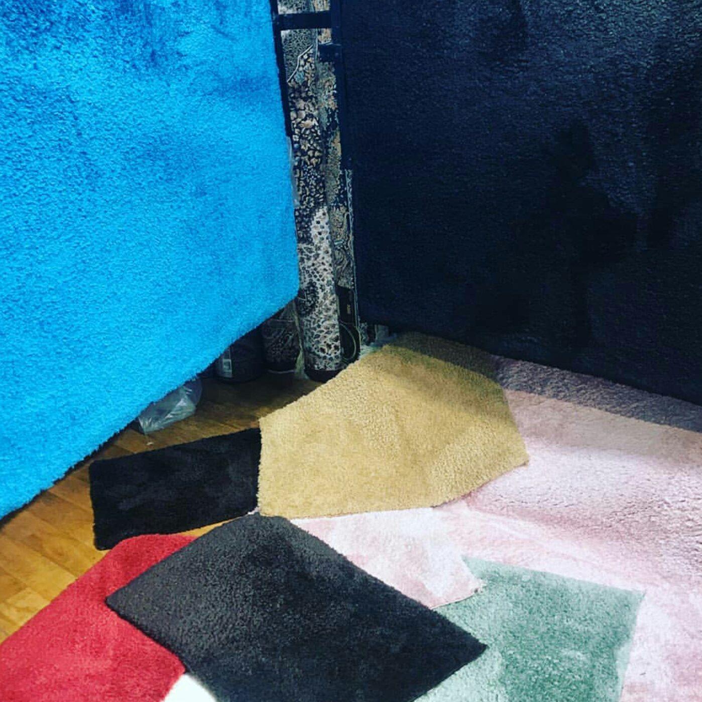 فرش مدرن هالی | فروش انواع فرش های مدرن ماشینی و دست بافت صادراتی و وارداتی