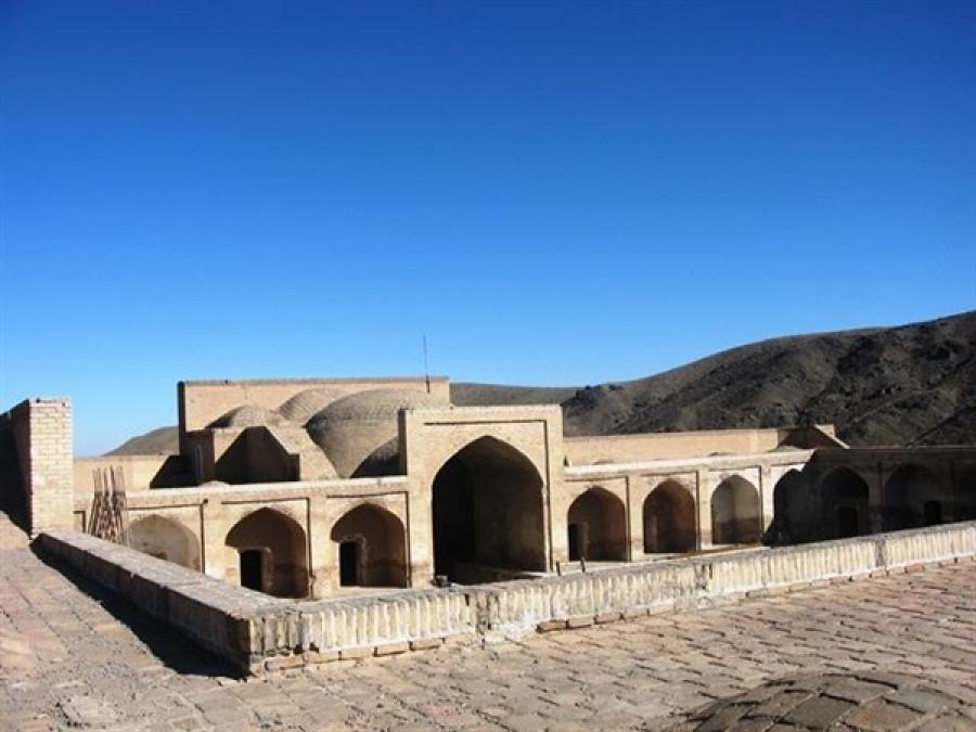 کاروانسرای گبر آباد قمصر