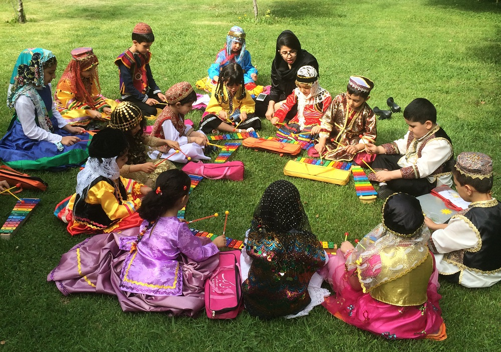 آموزشگاه موسیقی نی لبک | آموزش سازهای سنتی ، محلی و جهانی