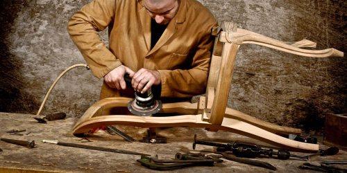 مبلمان ثامن | تعمیر مبل، رنگ کاری، آگوستیک