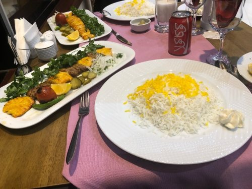 رستوران برج شهر تبریز
