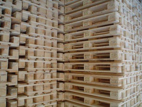 صنایع پالت چوبی آریا | خرید و فروش پالت چوبی و پلاستیکی